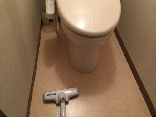 トイレ掃除 床 ニオイ 壁 アンモニア臭
