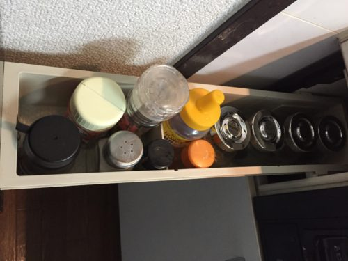 調味料 IKEA スパイス瓶 収納