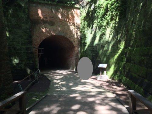 猿島 観光 横須賀 神奈川 ラピュタ トンネル レンガ