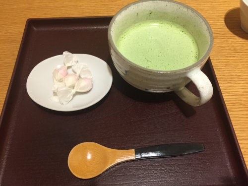 禅カフェ 坐月一葉 鶴見駅 シャル鶴見 日本茶専門店 甘味処
