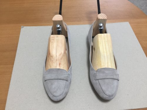 シューズフィッター シューストレッチャー 靴 小さい サイズが合わない 痛い 伸ばす方法