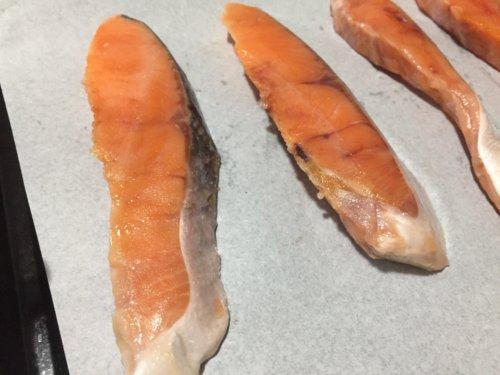 業務スーパー 冷凍 魚 定塩銀鮭 チリ産 5切れ おすすめ 感想 レビュー