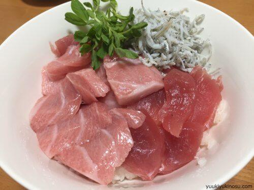 横浜 松原商店街 激安 人気 ハマのアメ横 おすすめ 駐車場 営業時間 レビュー マグロ 魚