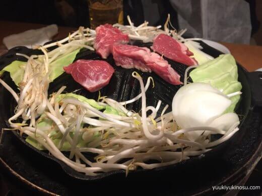 横浜 たたら ジンギスカン メニュー 値段 1人前 安い 生ラム 野菜付き セット 口コミ