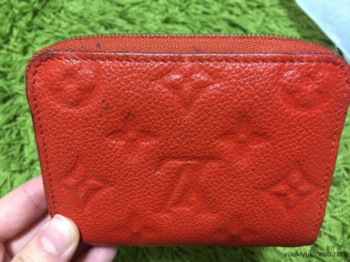 ルイ・ヴィトン 不良品 財布 バッグ 交換 返品 方法 注意点 接着剤 色落ち 汚れ ベタベタ