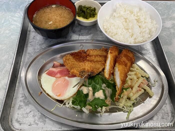 横浜南部市場 ブランチ 青果 野菜 安い 専門店 精肉店 鮮魚店 おすすめ 食堂 海鮮丼